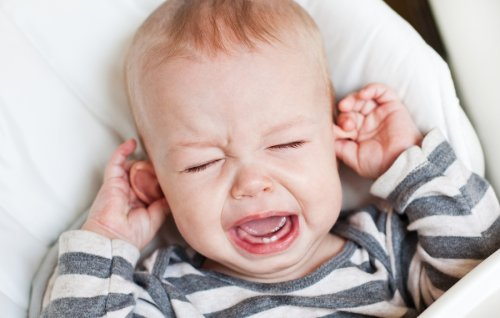 Como aliviar la infección de oído del bebé