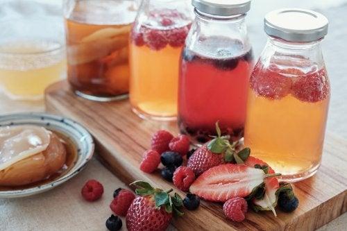 Cómo preparar una infusión de frutas: 5 recetas fáciles