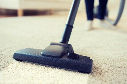 10 cosas de tu hogar que no estás limpiando lo suficiente