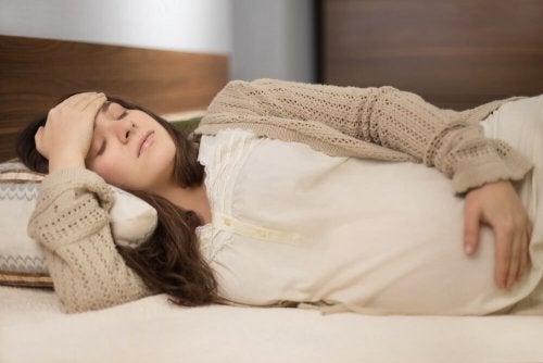 ¿Cuáles son las causas de cólicos en el embarazo?