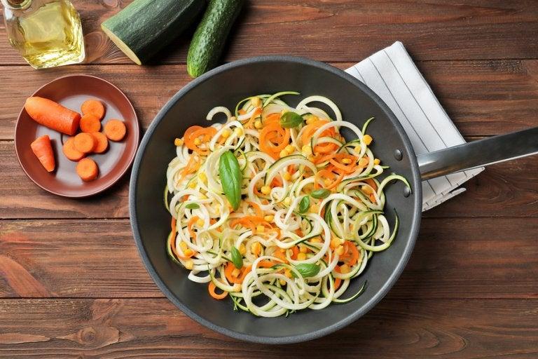 Espaguetis con calabacín y zanahoria ¡Deliciosos!