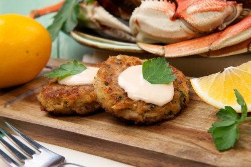 Pastel de cangrejo: 2 recetas que te gustará probar