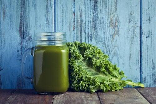 Crema de kale y espinacas llena de vitaminas