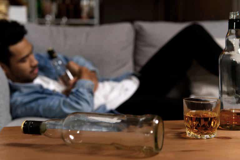 Mi pareja es alcohólica: ¿Cómo le puedo ayudar?