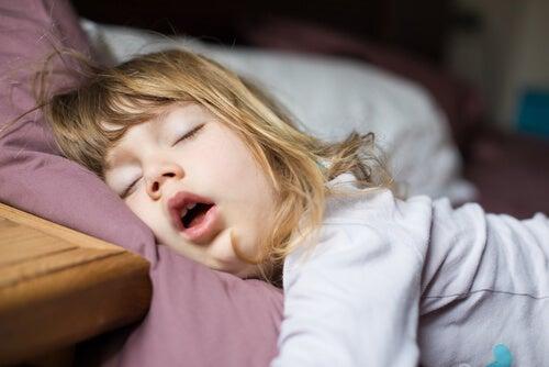 Trastornos del sueño infantil: exámenes y tratamientos
