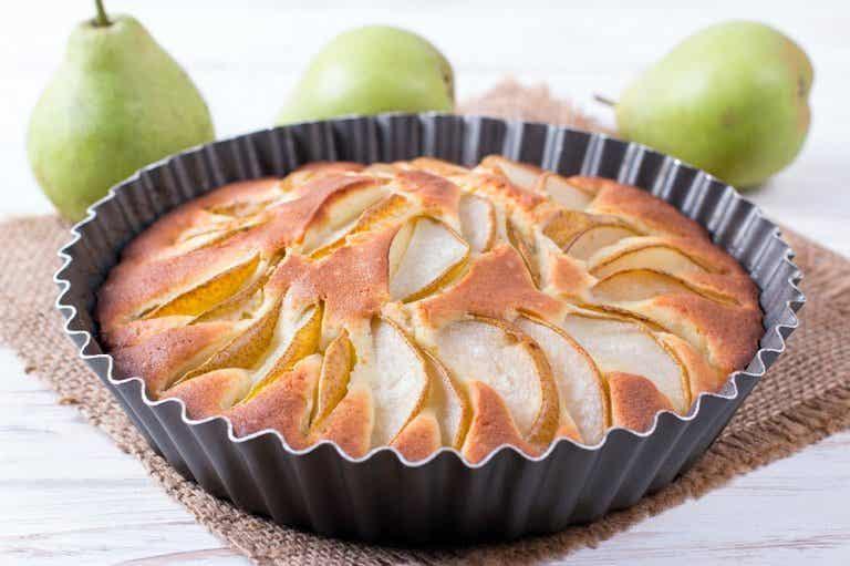¿Cómo preparar una tarta de pera sin azúcar?