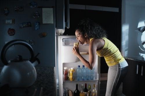 ¿Qué es el síndrome del comedor nocturno?