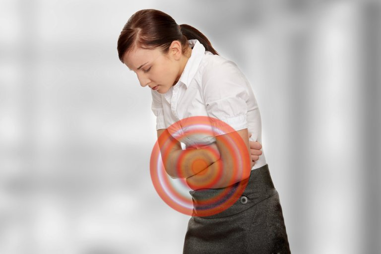 4 remedios herbales para tratar el vientre hinchado