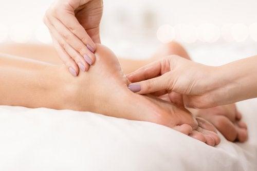 Remedios para el ardor en los pies y consejos