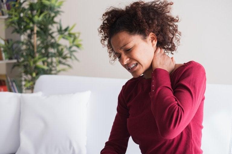 5 tratamientos relajantes para la tortícolis