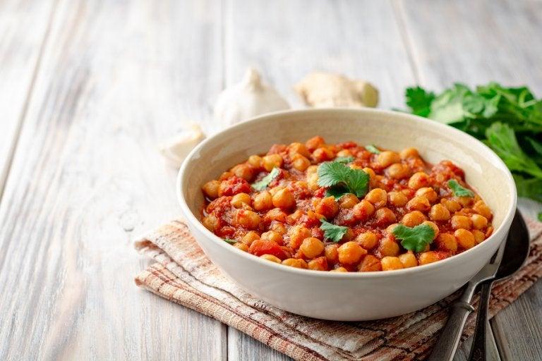 Cómo preparar unos deliciosos garbanzos al curry