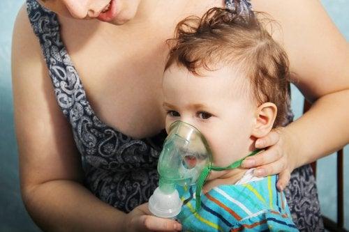 Riesgos de la tos ferina en los bebés