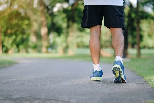 Salir a caminar: 8 razones para hacerlo