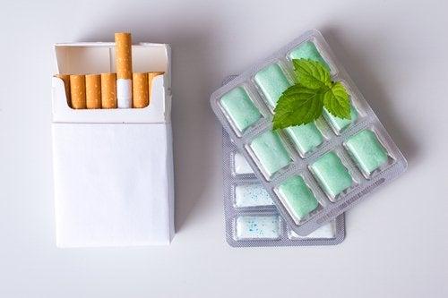 Chicles de nicotina: concentraciones e instrucciones de uso