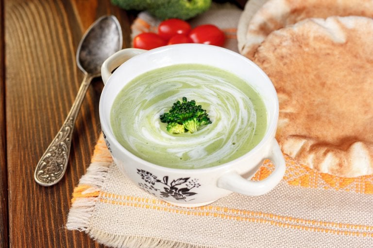 3 cremas de verduras para mejorar tus defensas