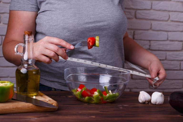 3 tipos de dietas para bajar de peso que no exponen tu salud