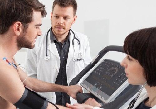 La rehabilitación cardiaca: volver a la vida activa tras una intervención