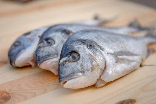 ¿Es peligroso el mercurio del pescado?