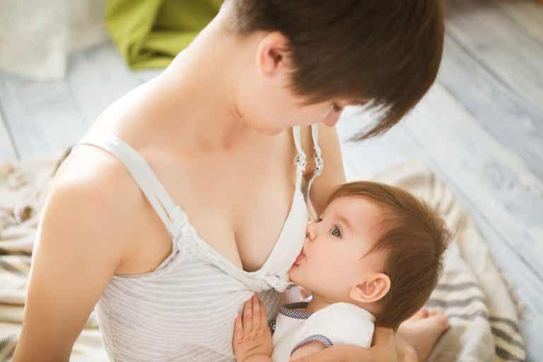 Lactancia materna y espirulina: ¿son compatibles?